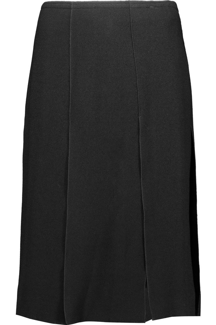 NINA RICCI Pleated crepe and silk crepe de chine skirt. #ninaricci #cloth #skirt