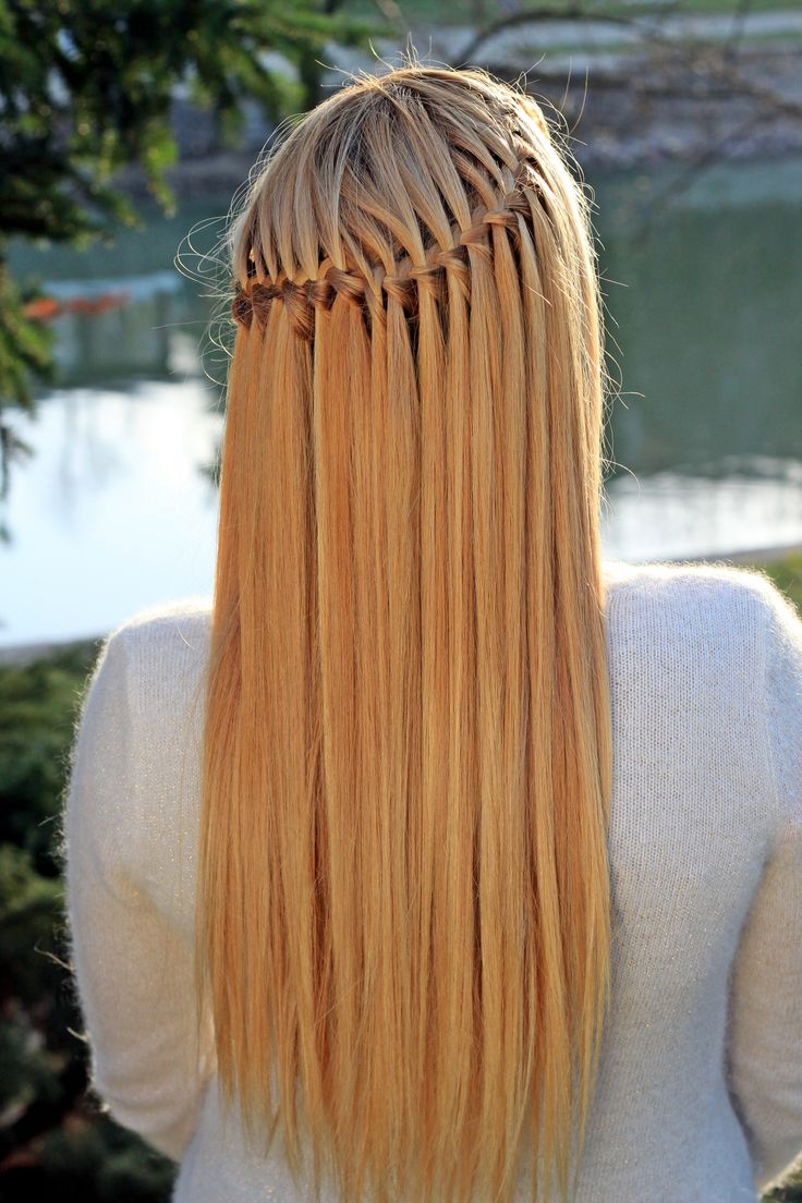 Simple, yet amazing hairstyle. :)