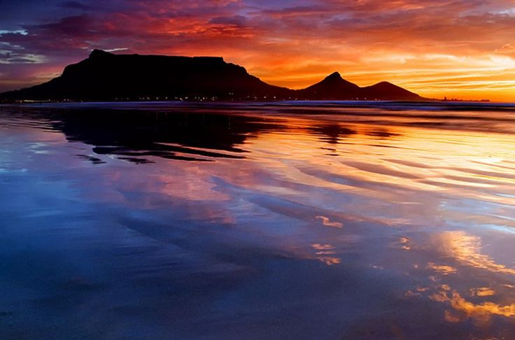 Iconic Table Mountain in Cape Town, Mother city of South Africa