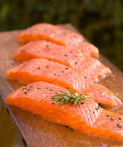 Six ways to cook salmon (Baked, Broiled, Poached, Pan-seared, Marinated, Grilled)