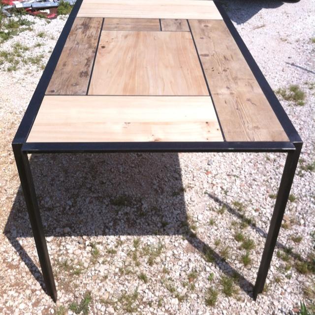 Descrivi il tuo pin...tavolo da me disegnato e prodotto in ferro e legno disponibile su misura