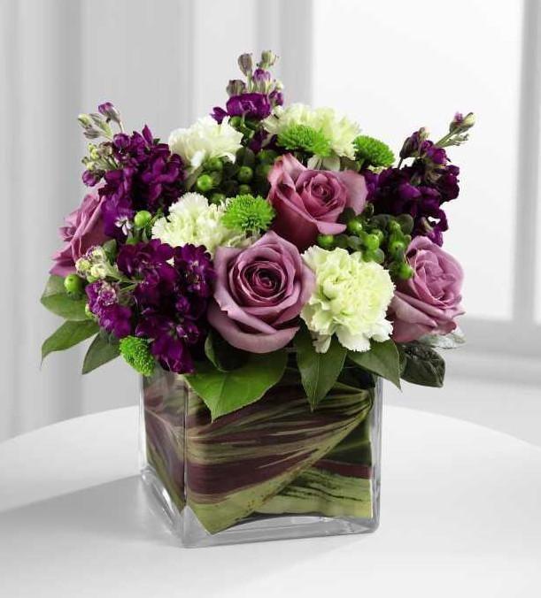 Die Blumenfabrik Beloved Bouquet bringt Rosen und …