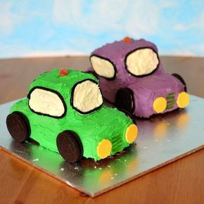 Adorable Car Birthday Cakes. Cute for Dayson's birthday!!!
