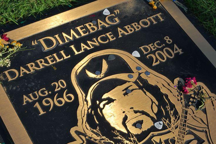 Grave of Late PANTERA Guitarist Dimebag Darrell Vandalized - Metal ...