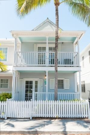 529 Best Images About Home By The Sea Exterior Paint Colors On Pinterest Beach Cottages