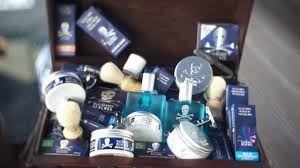 http://www.fapex.pt/artigos/the-bluebeards-revenge-a-verdadeira-revoluco-nos-cosmeticos-de-barbear/