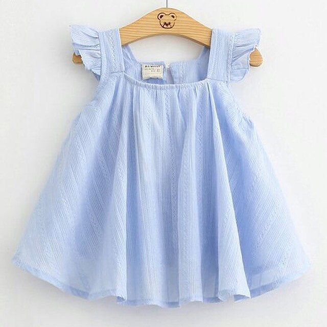 Toddler girl summer blouse. In white, ligth blue And ligth pink.