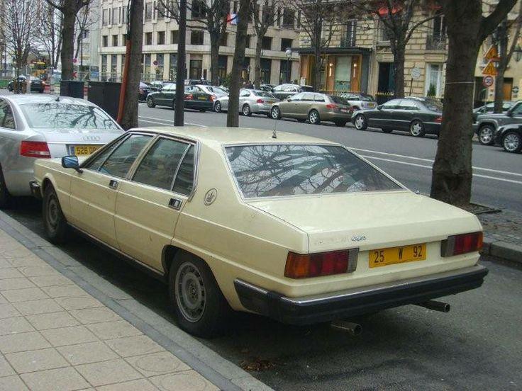 Velip sistemi ile ilgili daha fazla bilgi edinmek ve fotoğraf görmek için; http://www.geziyorum.net/arabalar-ve-velib-paris/