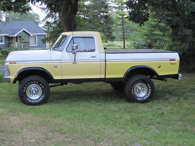 F-100 1974 Ford F100 4×4 Short Bed Lifted Truck...Love this truck!