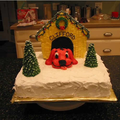 Clifford Christmas Cake