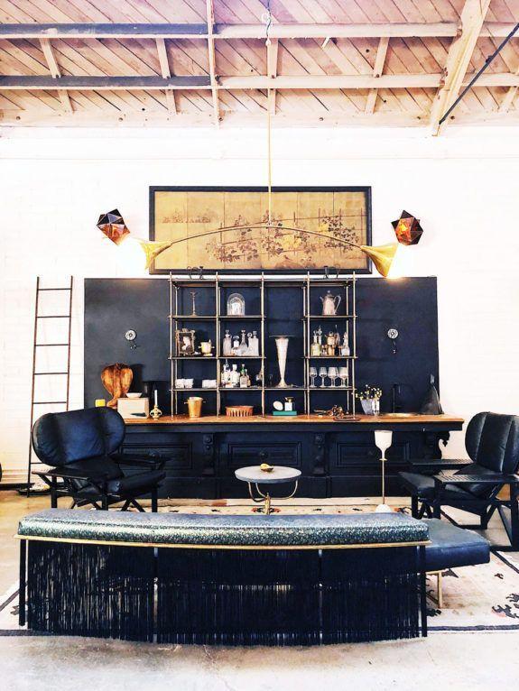 Fantastisch Bar Eingerichtet In Möbel Und Beleuchtung Designer Jason Kohariks Studio. /  Sfgi   Küche Deko   Studio, House Design Und Creative Studio