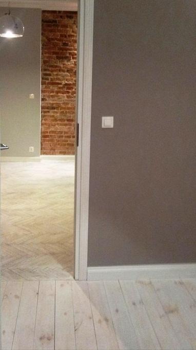 floor! bleached oak.