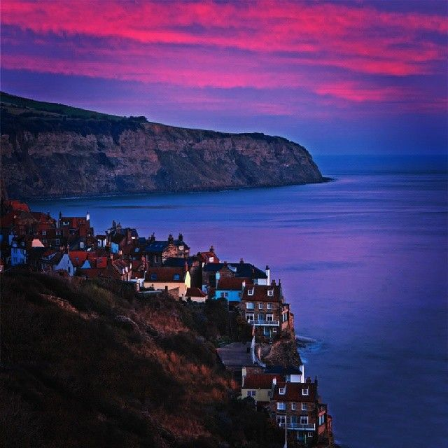 Robin Hood's Bay, Yorkshire Coast - Part of the North York Moors National Park #coast #yorkshire #Padgram