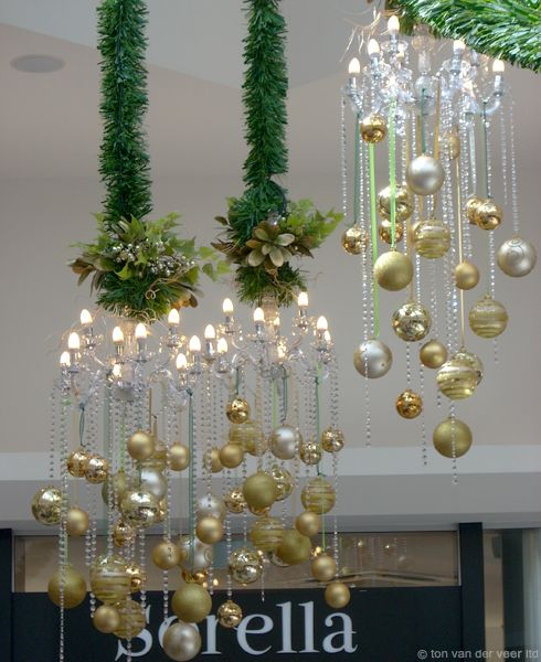 malls at Christmas, created by Tom van der Veer