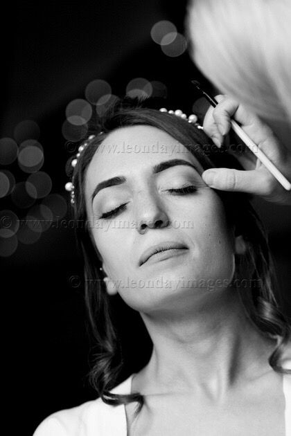 Bridal prep #wedding #weddingday #bridalmakeup #weddings #bride #weddingphotography #weddingideas #weddingphotographer #love #weddinginspiration #weddingfun #weddingdress #weddingmakeup #makeupartist #makeup #bridalmakeupartist #bridetobe #weddingideas_brides #weddingdetails #mua #photooftheday #weddingphoto #weddingseason #ido #marriage #bridestory #weddingphotos Powered by @TagOmatic