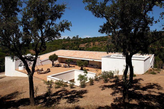 Casa no Alentejo by Inês Lobo