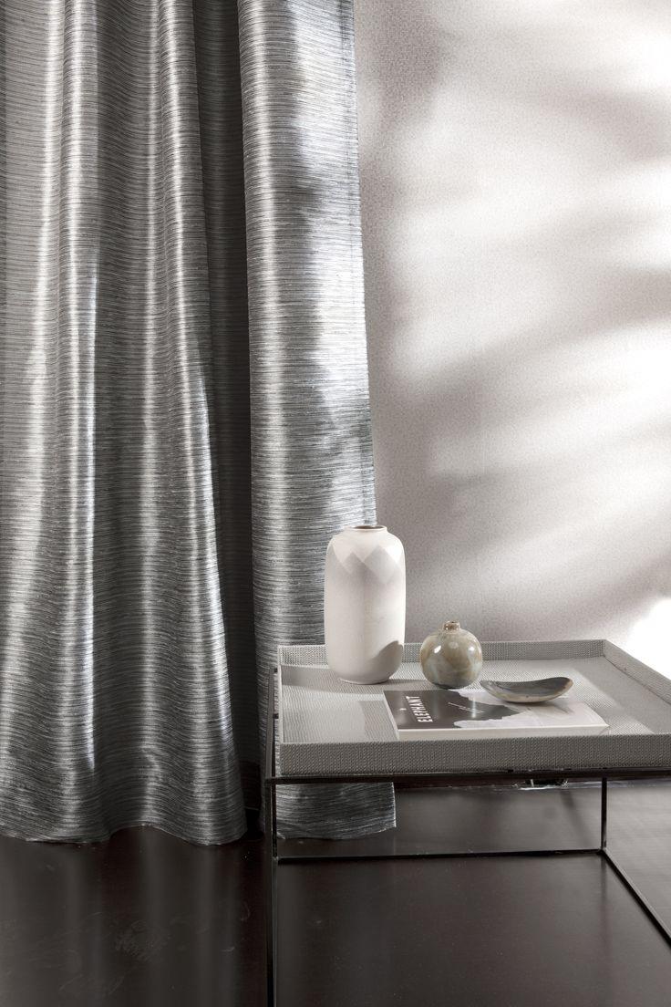 GABARONE - zijdelook gordijn op maat gemaakt door Essente #gordijnen #interieurdecoratie #raamdecoratie #onlinegordijnen #opmaatgemaakt #goedkopegordijnen #gordijnstof #gordijnstofbestellen #effengordijnen #kantenklaar #curtains #fabrics #curtainsonline