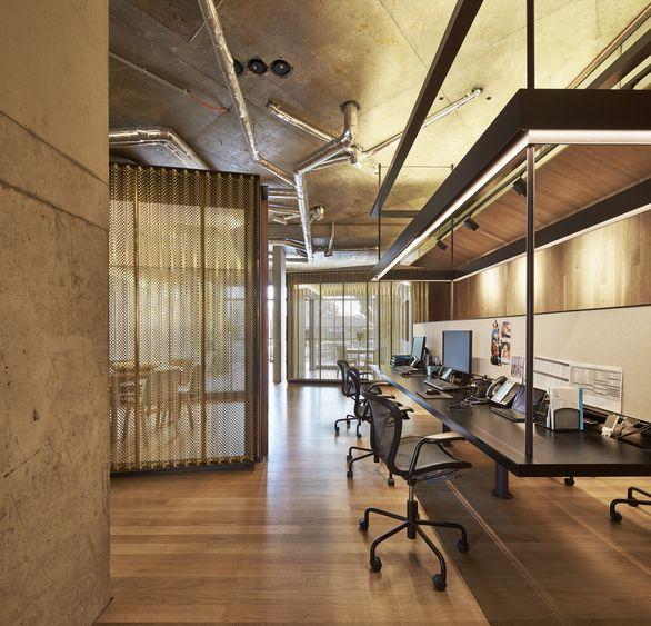 office interior design のおすすめ画像 200 件以上 件 pinterest