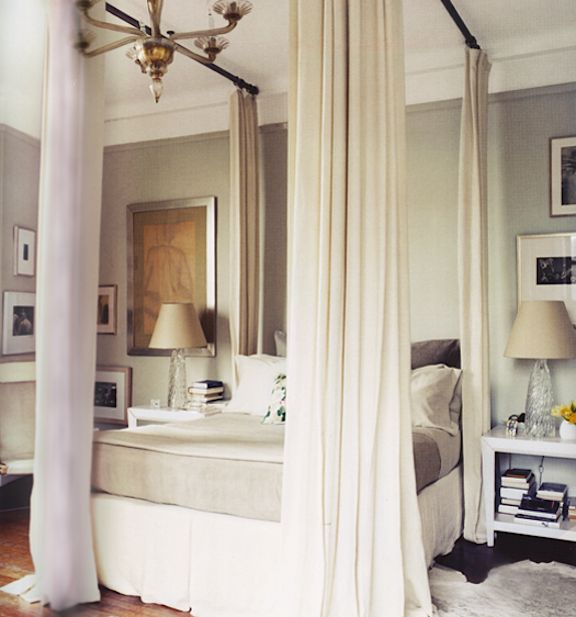 Black Curtains Bedroom Bedroom Recliner Chairs Bedroom Colour Schemes Grey And Yellow 2 Bedroom Apartment Layout Ideas: 침실, 침대 및 인테리어