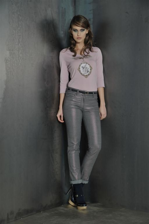 Pink blouse with lurex jeans