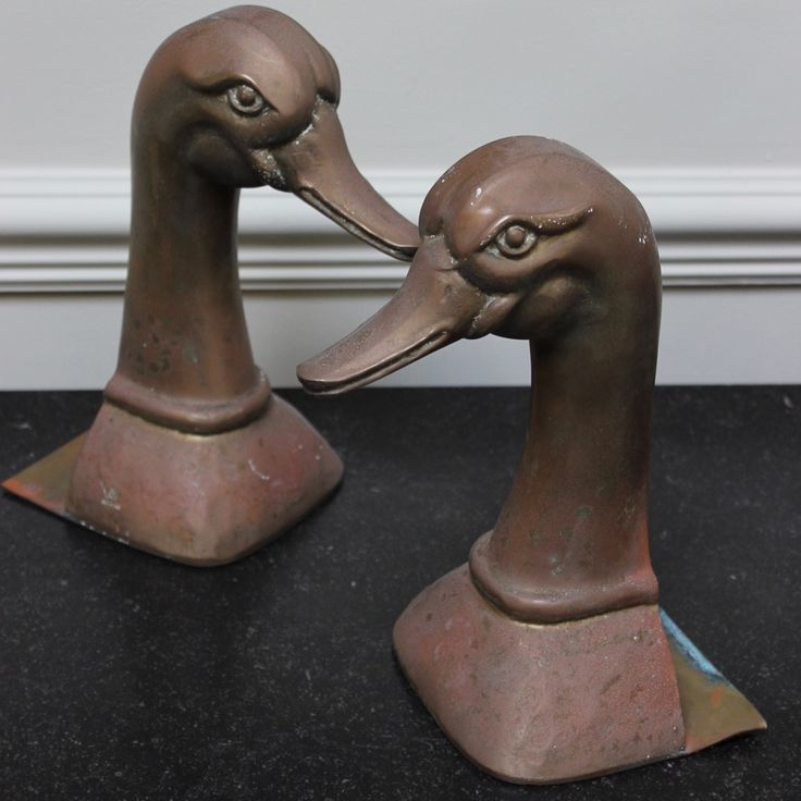 Decorative Items & Other - A pair of circa 1950s Spanish book ends by Valenti, representing ducks.