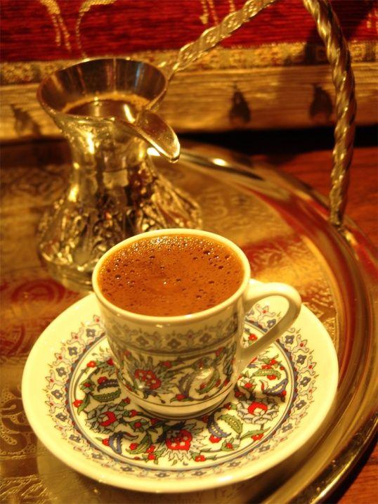 1. Выберите нужное время: после еды  2. Маленькая чашка кофе взбодрит вас на целый день 3. Сахар: немного при приготовлении и не более! 4. Пейте медленно, наслаждайтесь вкусом! 5. Знайте, когда нужно остановиться!