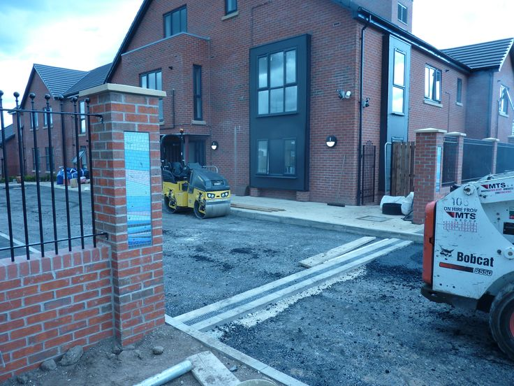 Working on the building site, just on the day they decided to tarmac the driveway!!