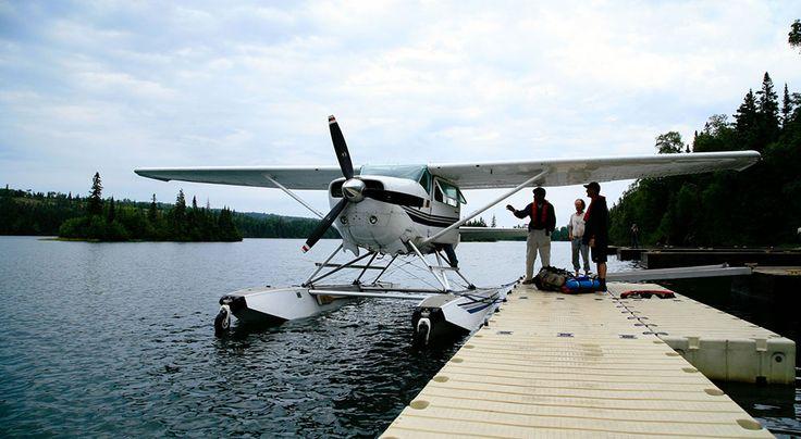Μετά την ψήφιση του νόμου 4146 το 2013 που προέβλεπε την επιτάχυνση των αδειοδοτήσεων για τα υδατοδρόμια, ακόμα και σήμερα εκκρεμεί η κατάθεση του νομοσχεδίου. Οι πρώτες πτήσεις ξεκίνησαν το 2004 λίγο μετά τους Ολυμπιακούς Αγώνες, από την Air Sea Lines (και με Καναδούς μετόχους) …