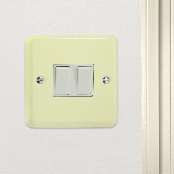 Retro Rainbow Range Pastel Double Rocker Light Switch 2 Gang 10A 1 or 2 Way Made By Varilight CQ XY2W.WC White Chocolate