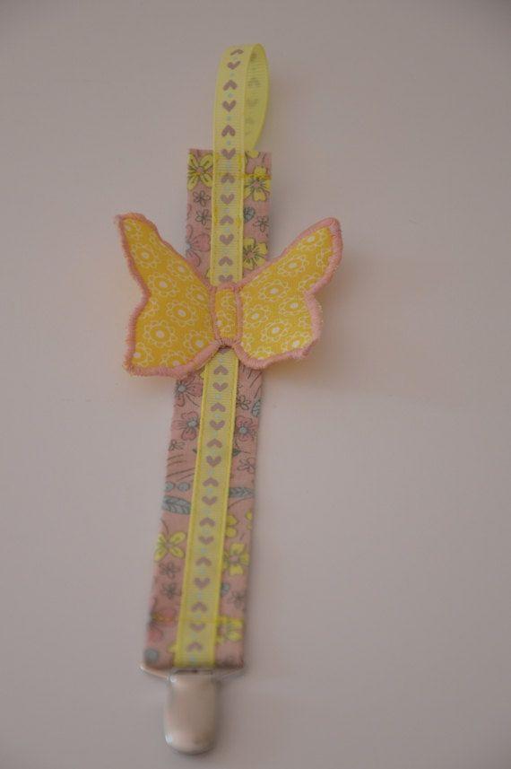 Schnullerband mit Schmetterling Applikation von Stoffsymphonie, kr110.00