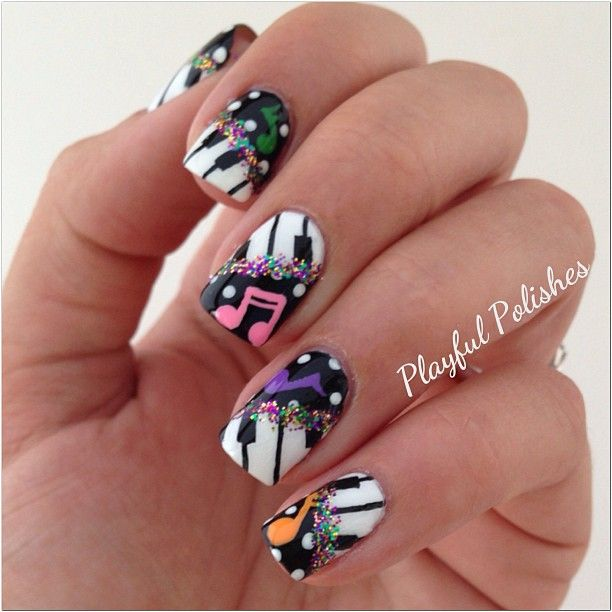 Music nails by @Vernica Polishes; This has got to be one of the coolest - 25+ Gorgeous Music Nails Ideas On Pinterest Music Nail Art