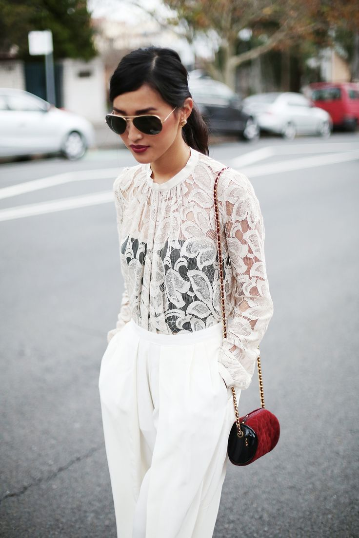 two trends in one: lace & white on white