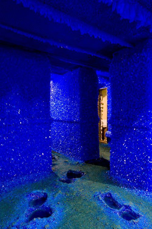 Mixing art and chemistry, Roger Hiorns, an artist in London in 2008 filled an entire apartment with copper sulphate solution and let it crystallize into beautiful blue triangular crystals.