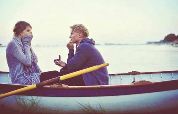 Hahahahaha this just reminded me how I just said I want to go on a little boat! Oh my gosh.....