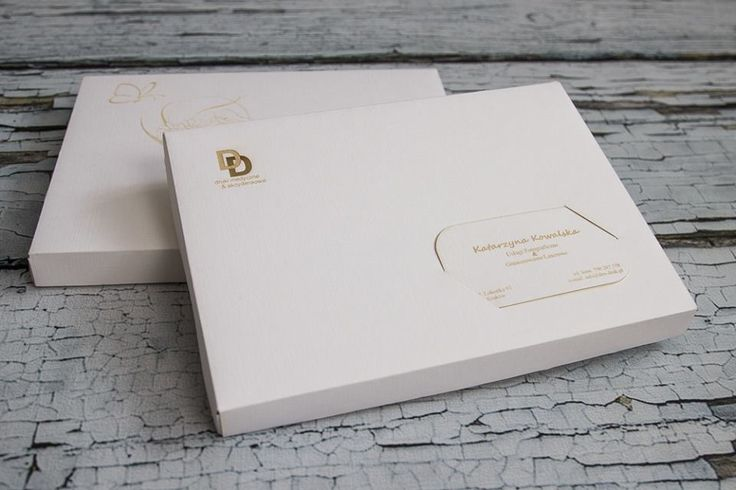 Dex Druk Photo Storage Boxes - in fine paper and decorative canvas texture. Color: white, brown and blue. For self-assembly. The offer includes the engraving of fine paper business card. info@dex-druk.pl ww.dex-druk.pl