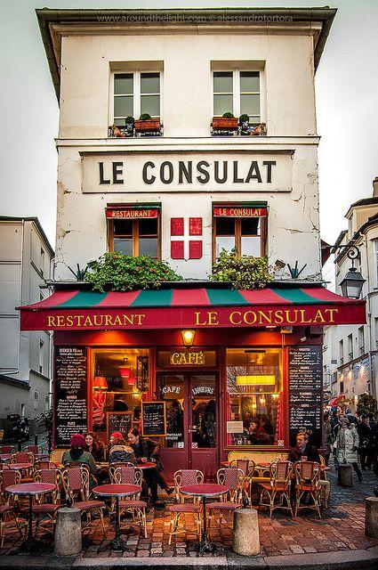 Storefront in Paris