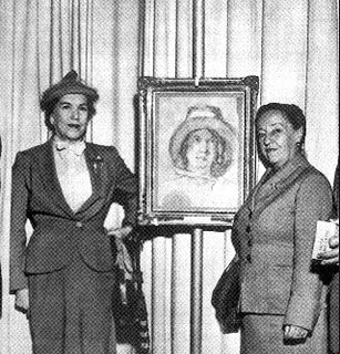 Anita Malfatti e Tarsila do Amaral,  em sua Exposição, em 1955 no MASP/SP.