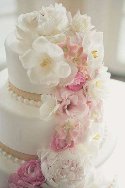 wedding cake with blush pink flowers 17 best images about wedding cake on blush 26831
