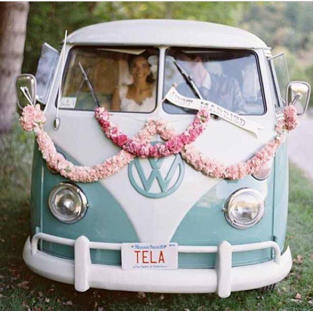Das vielleicht beste Hochzeitsauto :)