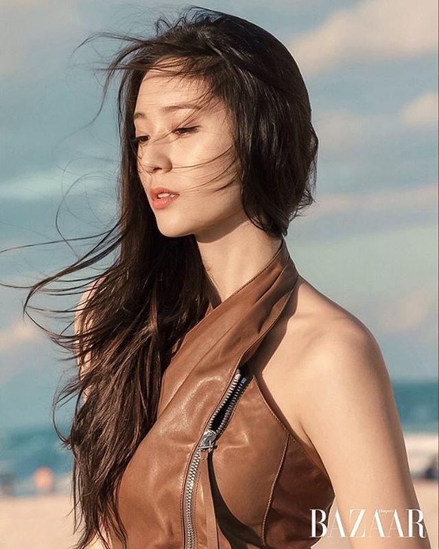 ㅡ [OFFICIAL] #Krystal - Harper's BAZAAR Korea February 2017 issue    Behind The Scenes, Miami Story #크리스탈 #정수정
