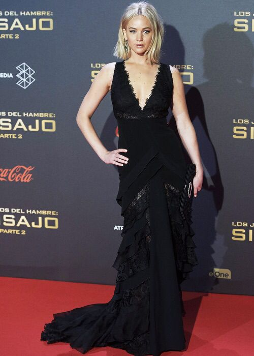 Killing it at the mockingjay part 2 premiere in Madrid