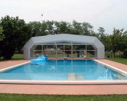 coperture per piscine telescopiche aperte