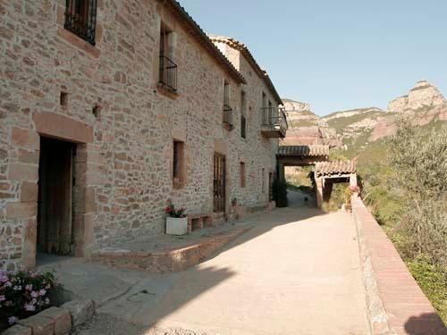 Casa rural3 Habitación en Riells Del Fai (Bigues I Riells) de alquiler a partir 1050 € por semana. With Solario, balcón/terraza, Televisión y DVD.