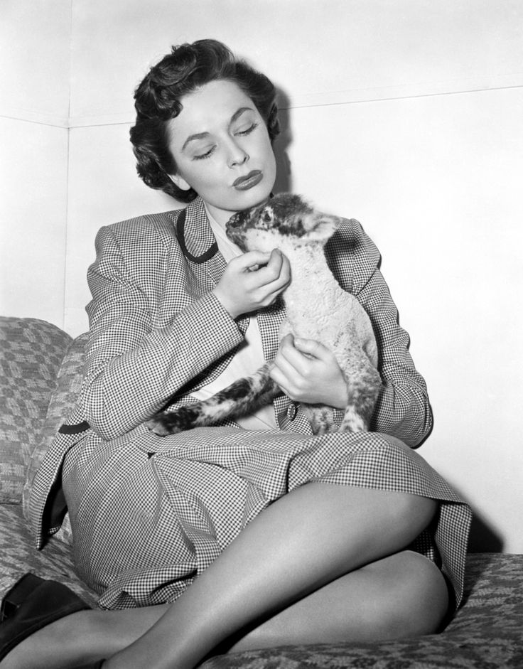 Ruth Roman Of Many Movies She Was In Strangers On A: 104 Best Ruth Roman (1922-1999) Images On Pinterest