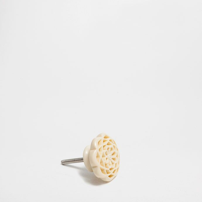 KNAUF MIT LOCHMUSTER (DOPPELPACK) - Dekoration - SCHLUSSVERKAUF   Zara Home…