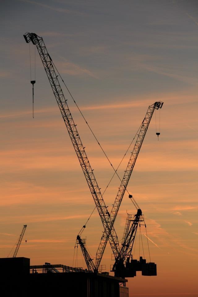 dawn # london #crane #sky