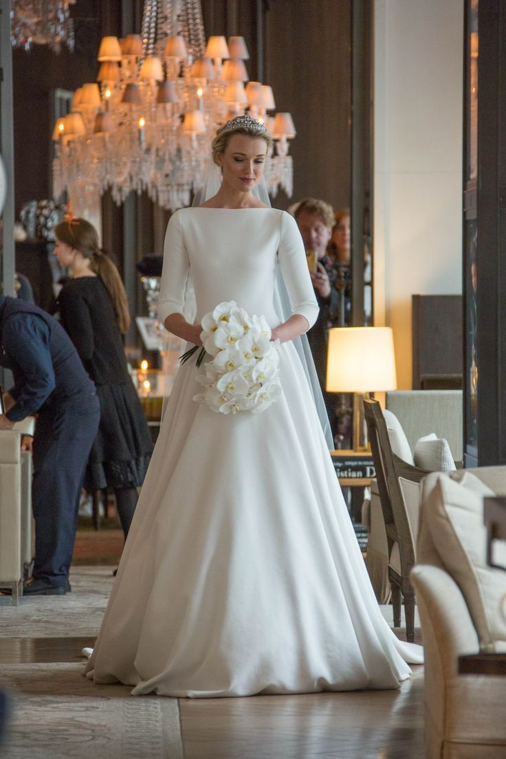 Once You Have Your Dream Wedding Dress The Rest Of The Details Just Fall Into Place Whether Yo Wedding Dresses Vintage Wedding Dresses Modest Wedding Dresses
