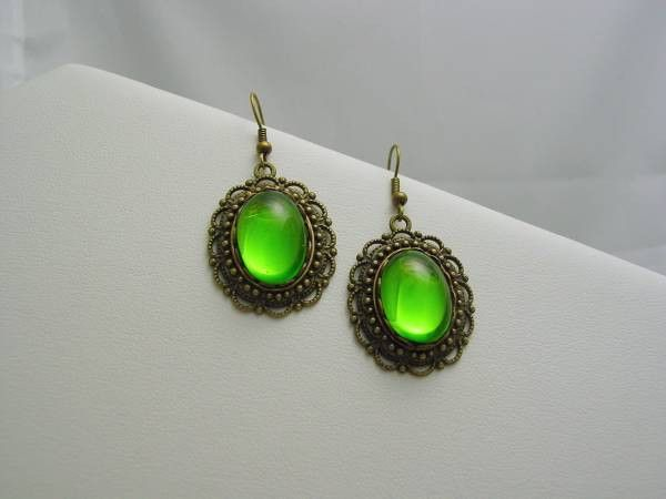 Witches of East End Wendy's Green Matching Earrings