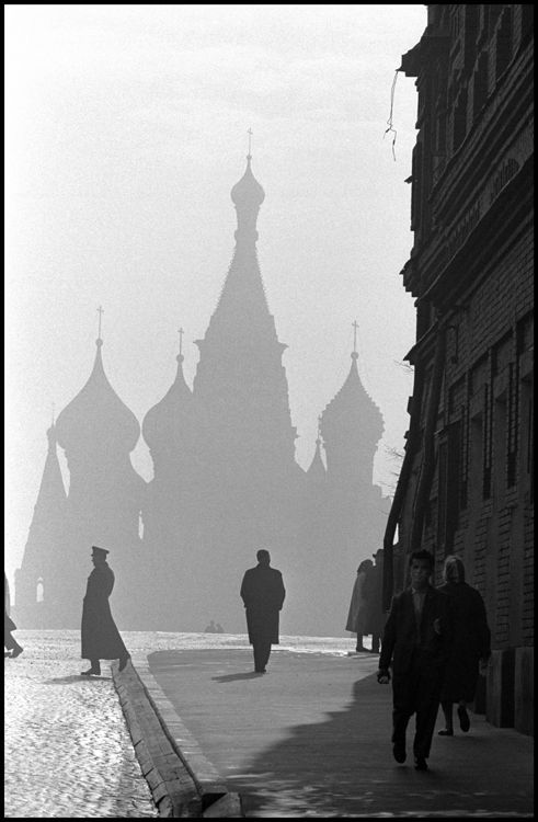 Moscow, Russia,1961.  Saint Basil's Cathedral on Red Square. Photo by Burt Glinn.