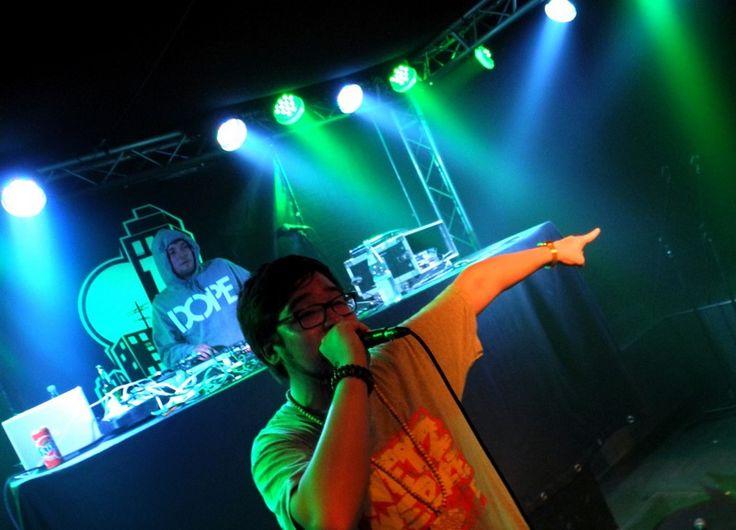 """Juicy Beats sucht Nachwuchs Beatbastler - Zum Juicy Beats Festival am 28. Juli im Westfalenpark bieten die Summersounds DJ-Picknicks gemeinsam mit der Plattform """"Bring you own BEATS!"""" und dem Jugendamt der Stadt Dortmund erstmalig ein Forum für junge Beatbastler und DJs aus den Bereichen Hip Hop, Dub Step und Broken Beats. Auf einer eigenen Bühne in der Nähe des Minigolfplatzes dreht sich an diesem Tage alles um """"Beats, Cuts und Scratches"""". Los geht es ab 14 Uhr mit einem """"Open Beat…"""